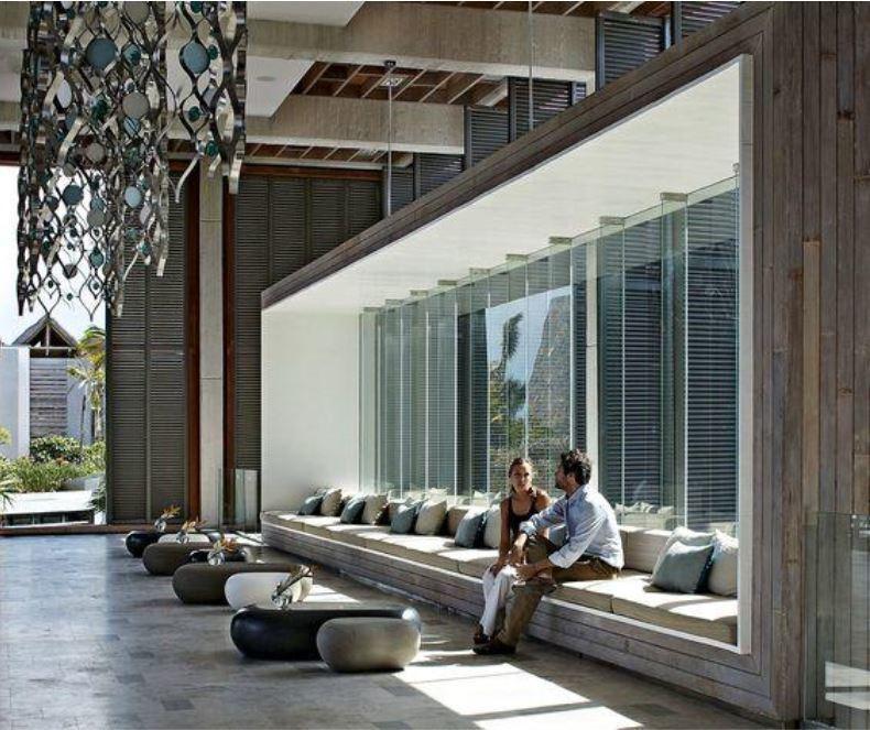 Window Seats Ideas: 6 Space-Saving Design Ideas For Hotel Lobbies