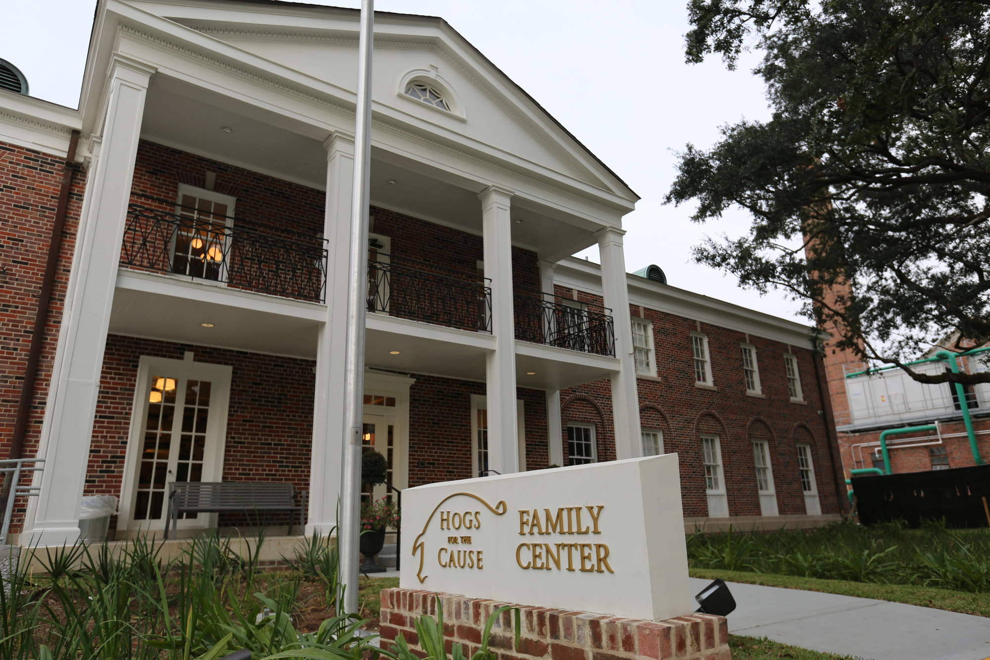Hogs House Family Center at Children's Hospital